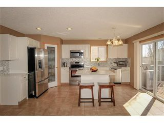 Photo 2: 140 TUSCARORA Circle NW in Calgary: Tuscany House for sale : MLS®# C4058828