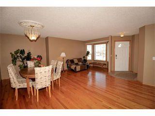 Photo 9: 140 TUSCARORA Circle NW in Calgary: Tuscany House for sale : MLS®# C4058828
