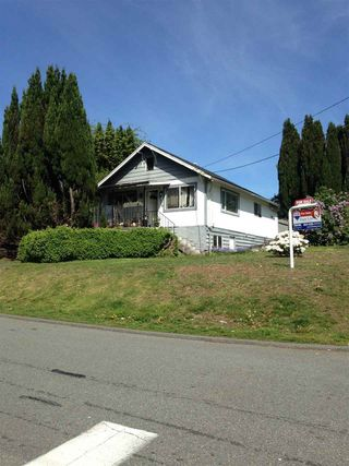 Photo 4: 1029 DELESTRE Avenue in Coquitlam: Maillardville House for sale : MLS®# R2058511
