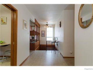 Photo 3: 489 Daer Boulevard in Winnipeg: Westwood / Crestview Residential for sale (West Winnipeg)  : MLS®# 1609886