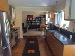 Photo 2: 480 Chester Rd in QUALICUM BEACH: PQ Qualicum Beach House for sale (Parksville/Qualicum)  : MLS®# 730832