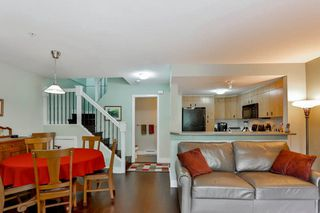 Photo 8: 28 7428 SOUTHWYNDE Avenue in Burnaby: South Slope Townhouse for sale (Burnaby South)  : MLS®# R2071528