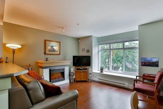 Photo 3: 28 7428 SOUTHWYNDE Avenue in Burnaby: South Slope Townhouse for sale (Burnaby South)  : MLS®# R2071528