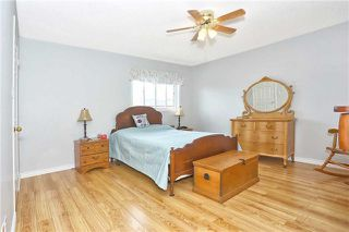 Photo 3: 121 Harkness Drive in Whitby: Rolling Acres House (2-Storey) for sale : MLS®# E3511050