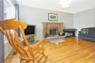 Photo 2: 121 Harkness Drive in Whitby: Rolling Acres House (2-Storey) for sale : MLS®# E3511050