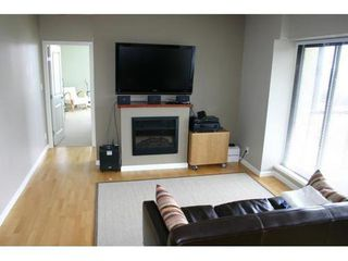 Photo 3: 1102 11 ROYAL Ave E: Fraserview NW Home for sale ()  : MLS®# V899627
