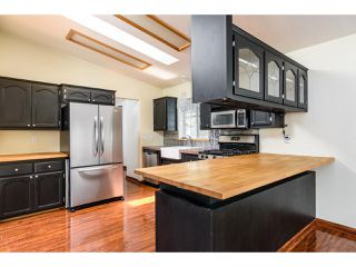 Photo 8: OCEANSIDE Manufactured Home for sale : 3 bedrooms : 288 Club Ln