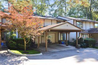 Photo 1: 28 1141 EAGLERIDGE Drive in Coquitlam: Eagle Ridge CQ Townhouse for sale : MLS®# R2103152