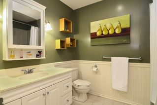 Photo 15: 28 1141 EAGLERIDGE Drive in Coquitlam: Eagle Ridge CQ Townhouse for sale : MLS®# R2103152