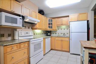 Photo 4: 28 1141 EAGLERIDGE Drive in Coquitlam: Eagle Ridge CQ Townhouse for sale : MLS®# R2103152