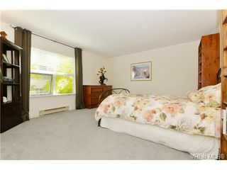 Photo 11: 204 1801 Fern St in VICTORIA: Vi Jubilee Condo Apartment for sale (Victoria)  : MLS®# 740827