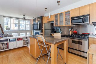 "Photo 2: 405 1072 HAMILTON Street in Vancouver: Yaletown Condo for sale in ""THE CRANDALL"" (Vancouver West)  : MLS®# R2109707"