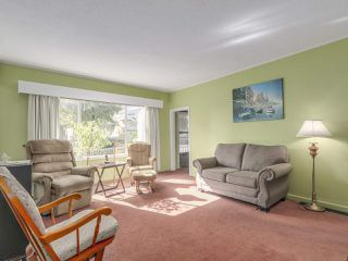 Photo 4: 729 E 10TH Avenue in Vancouver: Mount Pleasant VE House for sale (Vancouver East)  : MLS®# R2113707