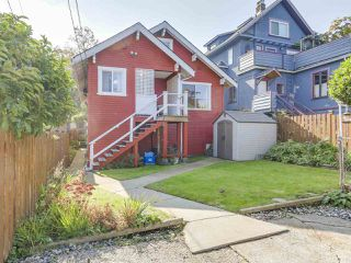Photo 17: 729 E 10TH Avenue in Vancouver: Mount Pleasant VE House for sale (Vancouver East)  : MLS®# R2113707