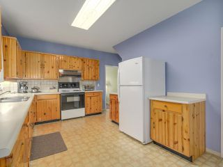 Photo 6: 729 E 10TH Avenue in Vancouver: Mount Pleasant VE House for sale (Vancouver East)  : MLS®# R2113707