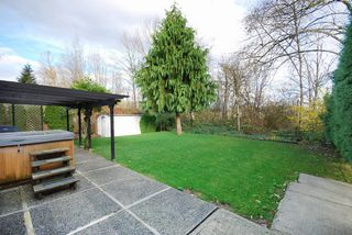 """Photo 17: 11544 WILDWOOD Crescent in Pitt Meadows: South Meadows House for sale in """"WILDWOOD PARK"""" : MLS®# R2123509"""