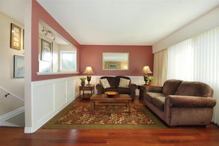 """Photo 3: 11544 WILDWOOD Crescent in Pitt Meadows: South Meadows House for sale in """"WILDWOOD PARK"""" : MLS®# R2123509"""
