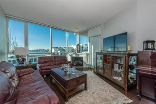 "Photo 3: 1003 138 E ESPLANADE Street in North Vancouver: Lower Lonsdale Condo for sale in ""PREMIERE AT THE PIER"" : MLS®# R2144179"