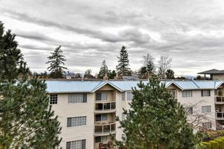 """Photo 18: 308 15323 17A Avenue in Surrey: King George Corridor Condo for sale in """"SEMIAHMOO PLACE"""" (South Surrey White Rock)  : MLS®# R2148020"""