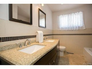Photo 10: 777 Airlies Street in Winnipeg: Garden City Residential for sale (4G)  : MLS®# 1706387