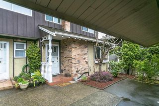 "Photo 1: 1008 555 W 28TH Street in North Vancouver: Upper Lonsdale Townhouse for sale in ""CEDARBROOKE"" : MLS®# R2156319"