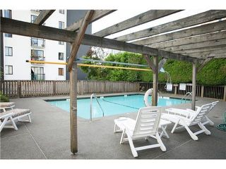 "Photo 4: 302 2167 BELLEVUE Avenue in West Vancouver: Dundarave Condo for sale in ""VANDEMAR WEST"" : MLS®# R2159387"