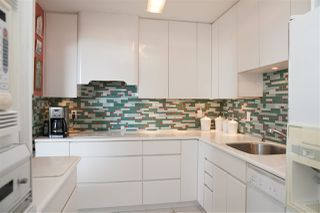 "Photo 5: 302 2167 BELLEVUE Avenue in West Vancouver: Dundarave Condo for sale in ""VANDEMAR WEST"" : MLS®# R2159387"