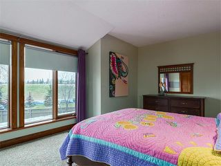 Photo 25: 424 COACH LIGHT Bay SW in Calgary: Coach Hill House for sale : MLS®# C4112862