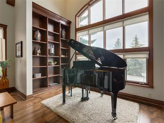 Photo 8: 424 COACH LIGHT Bay SW in Calgary: Coach Hill House for sale : MLS®# C4112862
