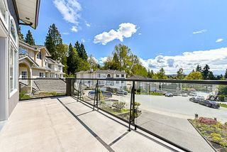 Photo 3: 262 PARE Court in Coquitlam: Central Coquitlam House for sale : MLS®# R2160902