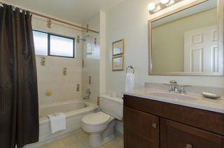 Photo 12: 2110 KIRKSTONE Place in North Vancouver: Lynn Valley House for sale : MLS®# R2162339
