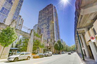 "Photo 15: 1802 950 CAMBIE Street in Vancouver: Yaletown Condo for sale in ""Palace Place Landmark 1"" (Vancouver West)  : MLS®# R2171684"