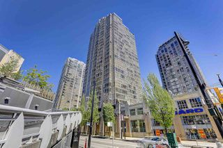 "Photo 16: 1802 950 CAMBIE Street in Vancouver: Yaletown Condo for sale in ""Palace Place Landmark 1"" (Vancouver West)  : MLS®# R2171684"