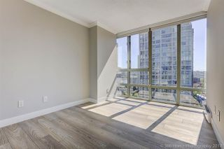"Photo 13: 1802 950 CAMBIE Street in Vancouver: Yaletown Condo for sale in ""Palace Place Landmark 1"" (Vancouver West)  : MLS®# R2171684"