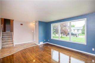 Photo 2: 9 Peterboro Bay in Winnipeg: Windsor Park Residential for sale (2G)  : MLS®# 1717327