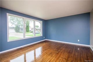 Photo 3: 9 Peterboro Bay in Winnipeg: Windsor Park Residential for sale (2G)  : MLS®# 1717327