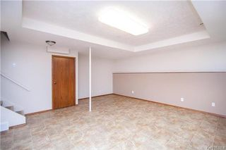 Photo 15: 9 Peterboro Bay in Winnipeg: Windsor Park Residential for sale (2G)  : MLS®# 1717327