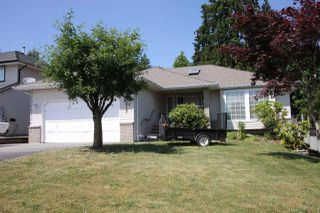 Photo 1: 33347 BEST Avenue in Mission: Mission BC House for sale : MLS®# R2183332