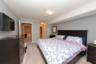 Photo 2: 105 22255 122ND AVENUE: Condo for sale : MLS®# V1118586