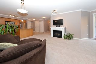 Photo 13: 105 22255 122ND AVENUE: Condo for sale : MLS®# V1118586
