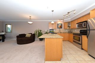 Photo 12: 105 22255 122ND AVENUE: Condo for sale : MLS®# V1118586