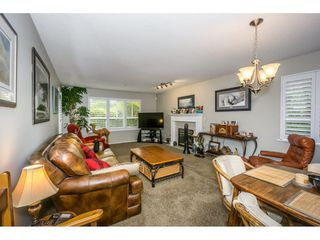 Photo 6: 107 13870 70 Avenue in Surrey: East Newton Condo for sale : MLS®# R2194946