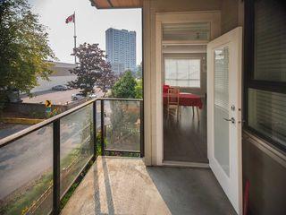"""Photo 5: 305 10455 154 Street in Surrey: Guildford Condo for sale in """"G3 Finale"""" (North Surrey)  : MLS®# R2195784"""