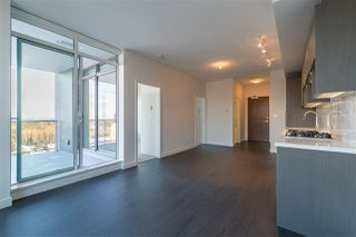 "Photo 7: 4012 13750 100 Avenue in Surrey: Whalley Condo for sale in ""PARK AVENEW"" (North Surrey)  : MLS®# R2203784"
