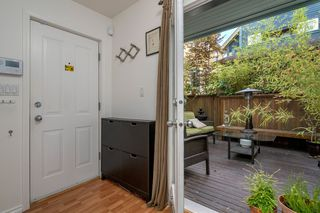 Photo 3: 849 KEEFER Street in Vancouver: Mount Pleasant VE Townhouse for sale (Vancouver East)  : MLS®# R2204383