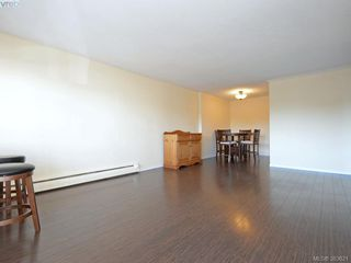 Photo 5: 216 964 Heywood Avenue in VICTORIA: Vi Fairfield West Condo Apartment for sale (Victoria)  : MLS®# 383621