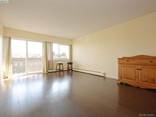 Photo 2: 216 964 Heywood Avenue in VICTORIA: Vi Fairfield West Condo Apartment for sale (Victoria)  : MLS®# 383621