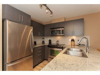 Photo 9: 424 8915 202 Street in Langley: Walnut Grove Condo for sale : MLS®# R2215824