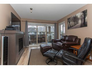 Photo 4: 424 8915 202 Street in Langley: Walnut Grove Condo for sale : MLS®# R2215824
