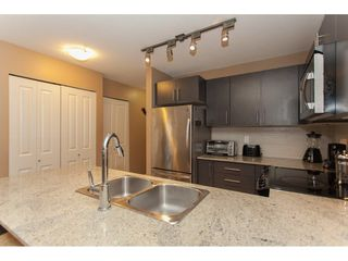 Photo 10: 424 8915 202 Street in Langley: Walnut Grove Condo for sale : MLS®# R2215824